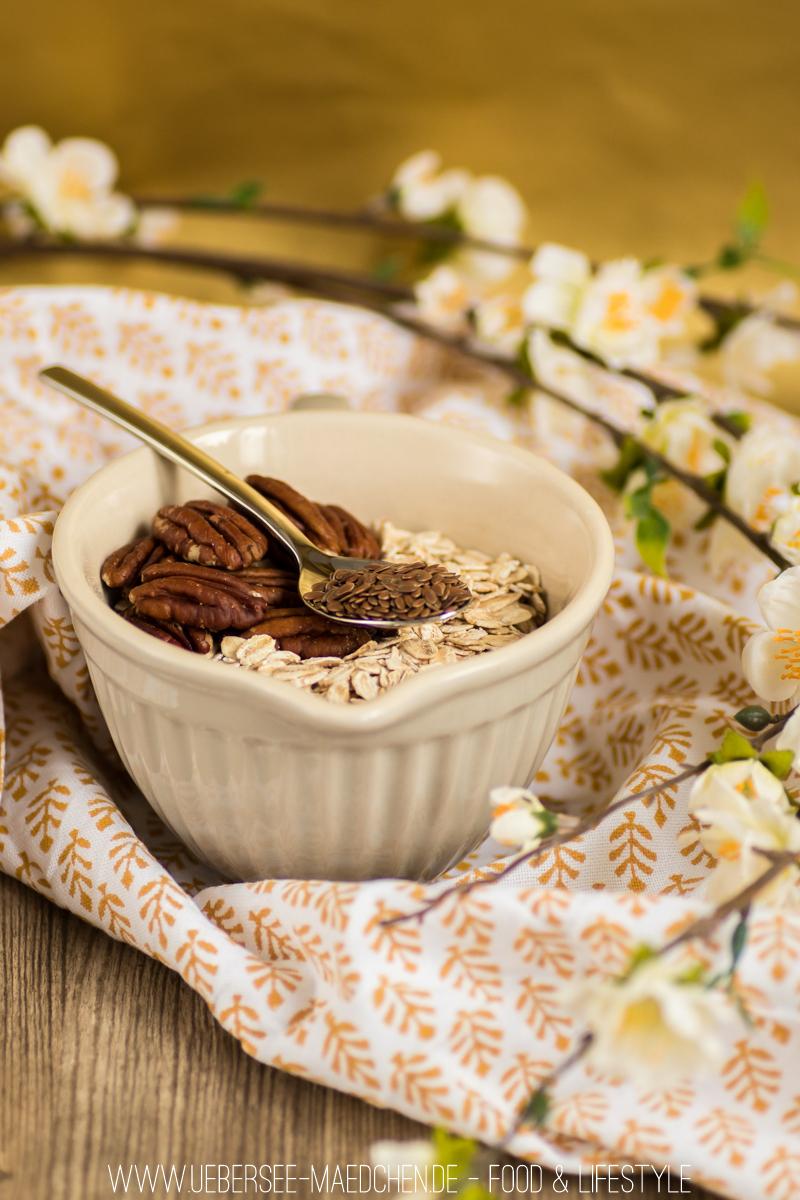 Bananen-Granola ist beste Resteverwertung für braune Bananen. Einfaches Frühstücks-Rezept vom ÜberSee-Mädchen, der Foodblog vom Bodensee Überlingen
