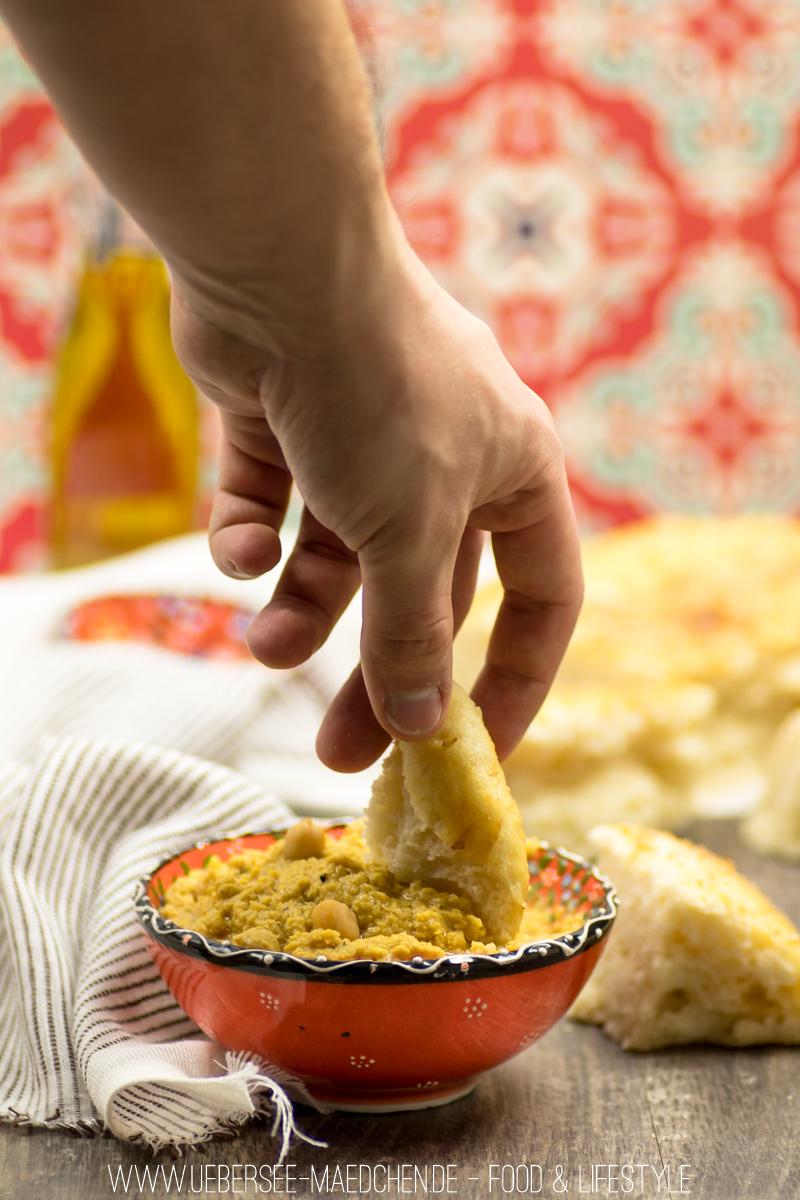 Rezept für orientalisches Hummus mit Fladenbrot
