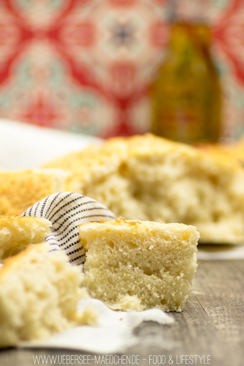 Orientalisches Hummus mit Ras el-Hanout und Hefe-Fladenbrot Rezept