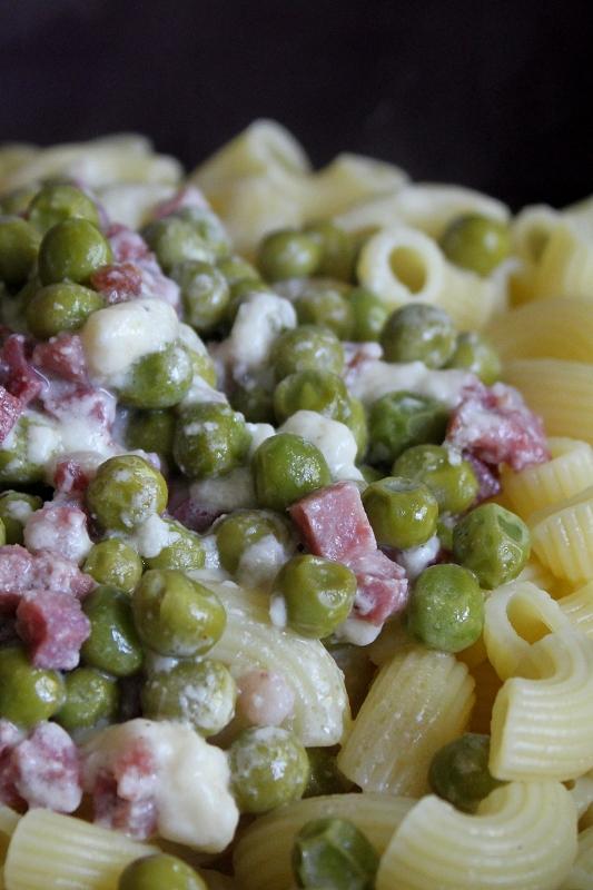 Food Pasta Mit Parmesan Speck Und Erbsen á La Jamie Oliver
