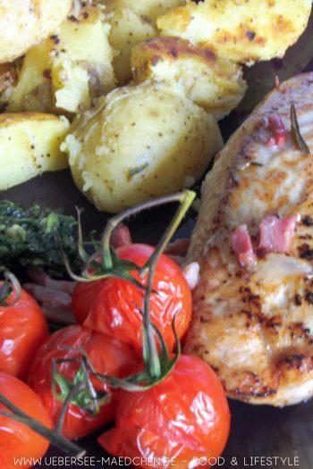 Ofen-Hähnchen Jamie Oliver mit Quetschkartoffeln Rezept von ÜberSee-Mädchen der Foodblog vom Bodensee