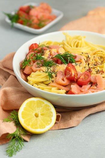 Pasta mit Lachs-Sahnesauce Lieblingsrezept von ÜberSee-Mädchen Foodblog vom Bodensee