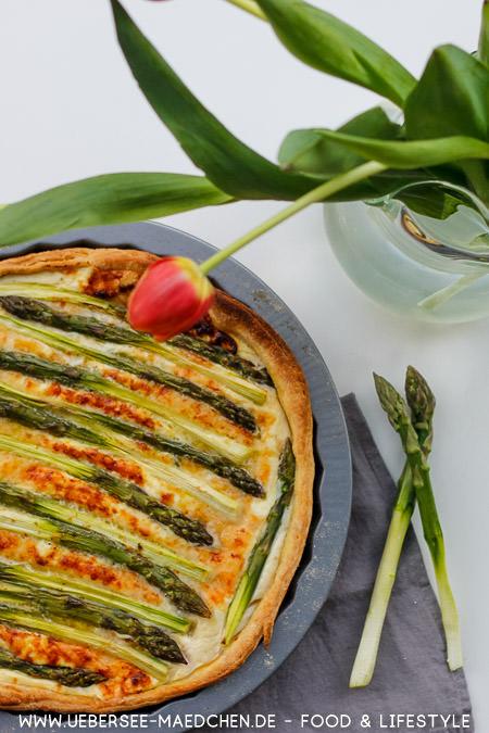 Einfache grüne Spargeltarte mit Ricotta Rezept von ÜberSee-Mädchen Foodblog vom Bodensee