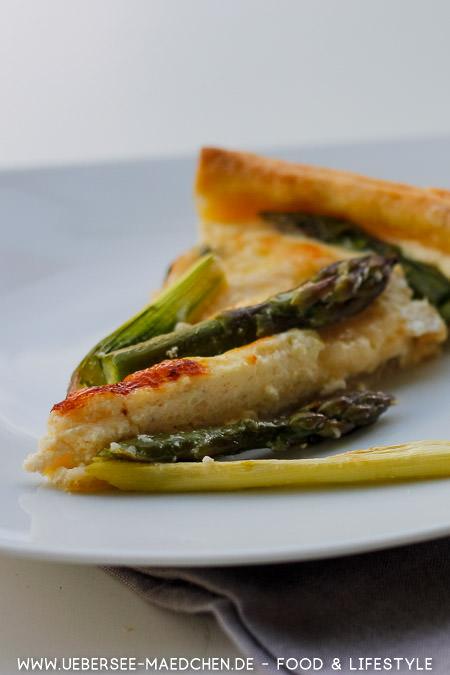 Ein Stück Spargeltarte Rezept von ÜberSee-Mädchen Foodblog vom Bodensee