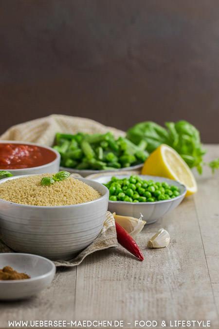 Couscous ist mit viel Gemüse perfekt für ein schnelles Essen am Feierabend Rezept von ÜberSee-Mädchen Foodblog vom Bodensee