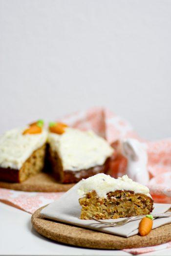 Karottenkuchen Möhrenkuchen Ostern