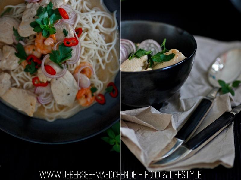 Asiatisches Hähnchen-Curry mit Garnelen und Tamarindenpüree, dazu Mie-Nudeln