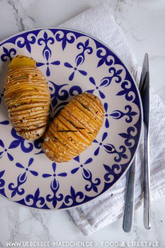 Kartoffeln einfach einschneiden einpinseln und backen Hasselback Rezept von ÜberSee-Mädchen Foodblog vom Bodensee Konstanz