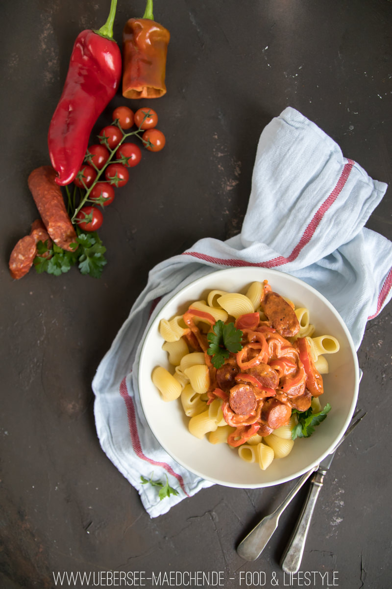 Pasta mit Chorizo-Tomaten-Sauce in 15 Minuten fertig Rezept vom ÜberSee-Mädchen Foodblog vom Bodensee Überlingen