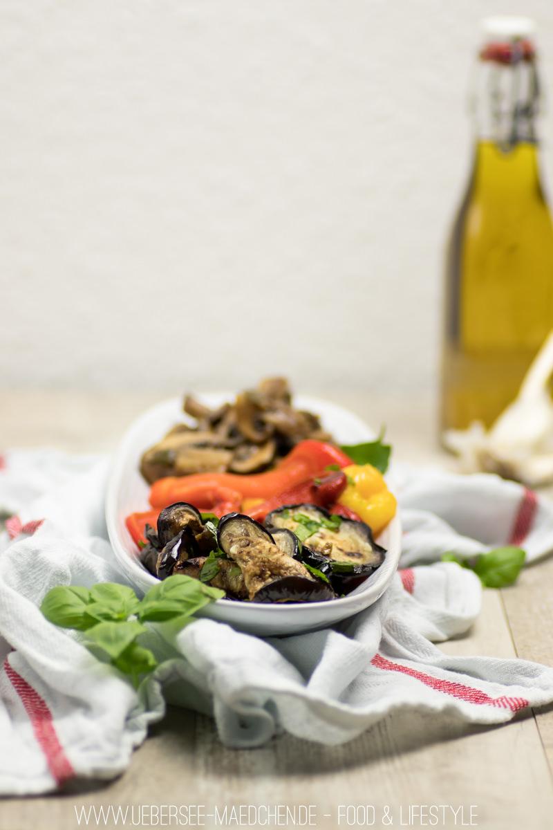 Antipasti selbstgemacht Rezept für gegrillte Paprika, Auberginen und Balsamico-Pilze vom ÜberSee-Mädchen Foodblog vom Bodensee Überlingen