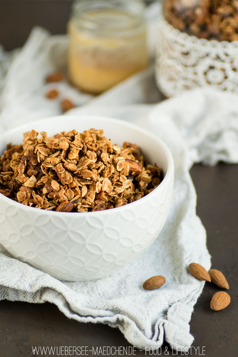 mandel granola extra knusprig mit honig und vanille bersee m dchen. Black Bedroom Furniture Sets. Home Design Ideas