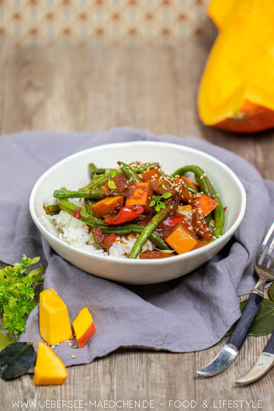 Kürbis-Curry mit Hokkaido Paprika Bohnen Rezept von ÜberSee-Mädchen Foodblog vom Bodensee