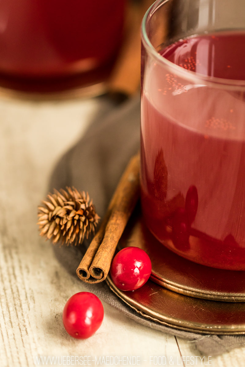 Punsch mit Cranberry und Birne Wintergetränk mit Rosewein und Zimt Rezept von ÜberSee-Mädchen Foodblog Bodensee Überlingen
