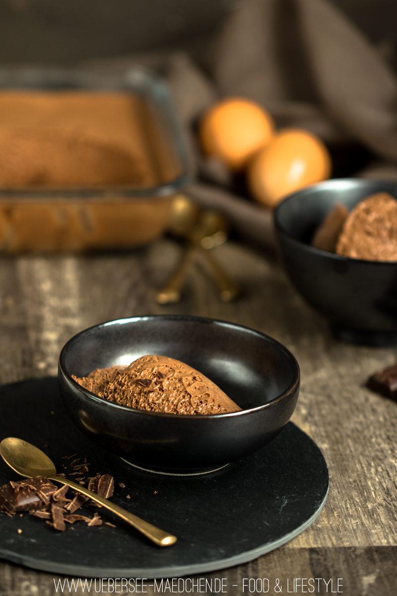 klassisches mousse au chocolat mit zartbitter bersee m dchen. Black Bedroom Furniture Sets. Home Design Ideas