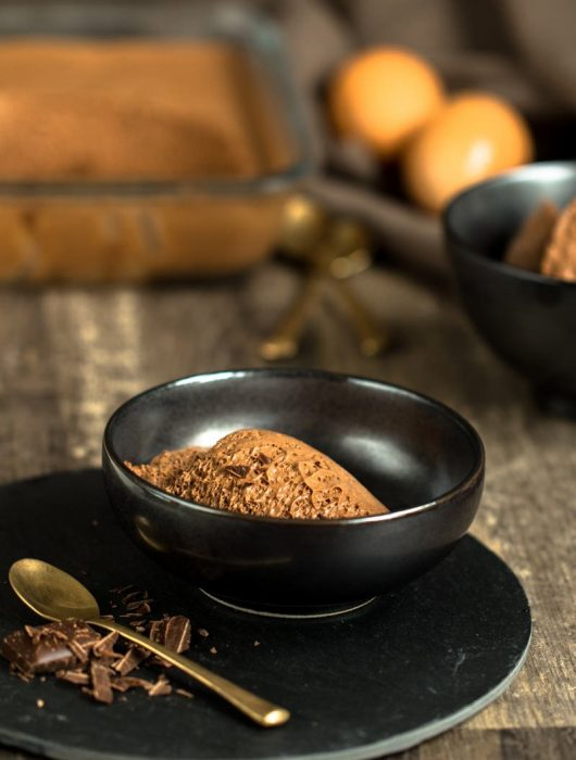 Mousse au chocolat klassische fluffige Schokocreme mit Zartbitter-Schokolade von ÜberSee-Mädchen Foodblog Bodensee Überlingen