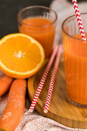ACE-Smoothie zubereiten mit Möhre Karotte Orange und Apfel gesundes flüssiges Frühstück mit Gemüse Rezept von ÜberSee-Mädchen Foodblog vom Bodensee Überlingen
