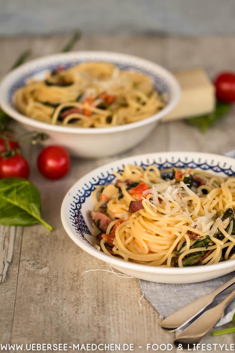 Pasta nach Steffen Henssler mit Pancetta Spinat Tomaten Sahne ÜberSee-Mädchen Foodblog vom Bodensee Überlingen