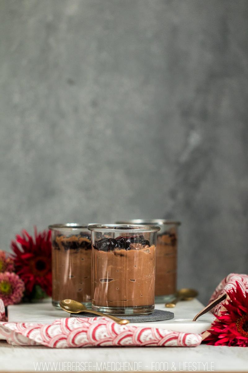 Schokoladenpudding selbstgemacht ohne Tüte Dessert im Glas Rezept von ÜberSee-Mädchen Foodblog vom Bodensee Überlingen