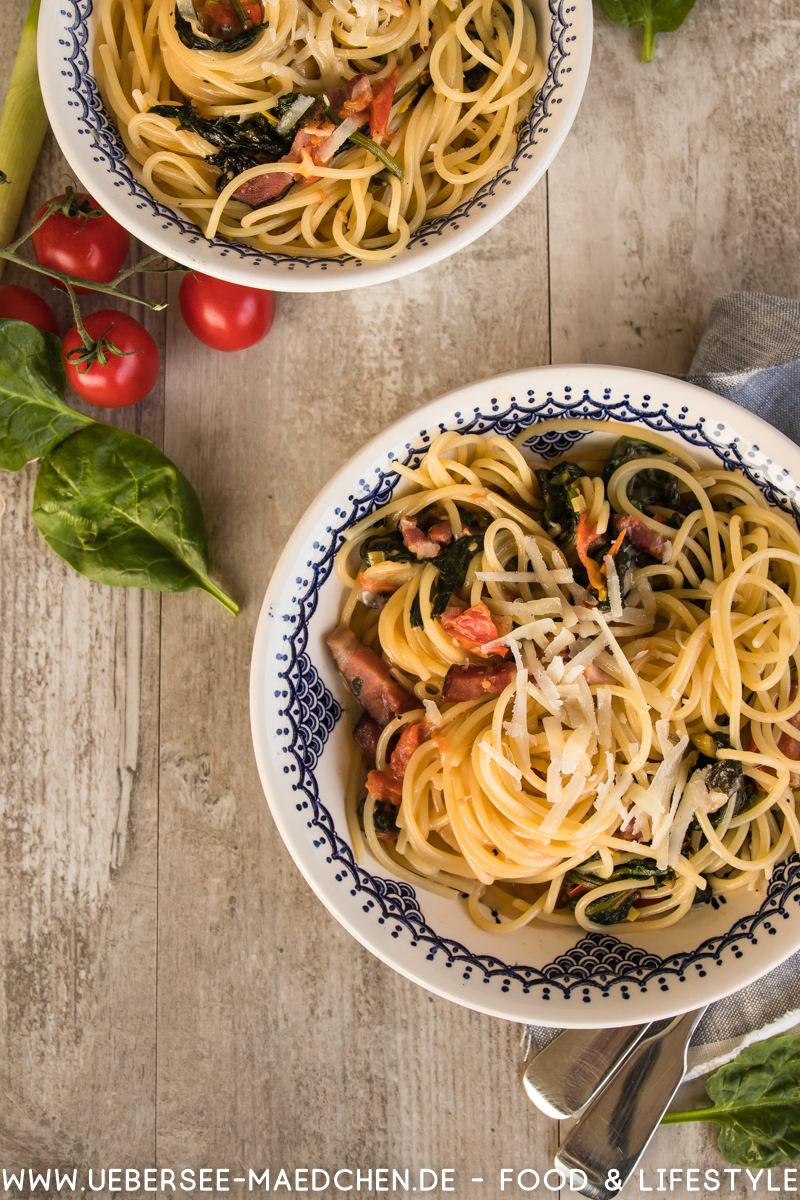 Spaghetti mit Tomaten Spinat Pancetta nach einem Rezept von Steffen Henssler alla Don Hensslerino