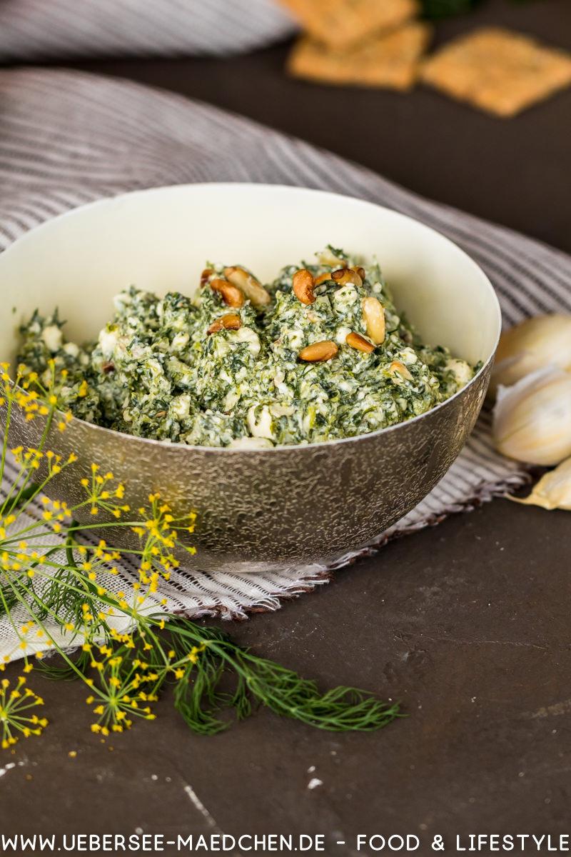 Aufstrich Spinat-Feta-Dill mit Keksen Dr. Karg's Rezept von ÜberSee-Mädchen Foodblog vom Bodensee Überlingen