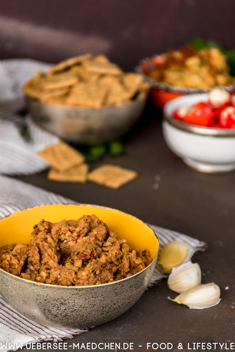 Aufstrich Bohnen-Artischocke-Chorizo mit Keksen Dr. Karg's Rezept von ÜberSee-Mädchen Foodblog vom Bodensee Überlingen