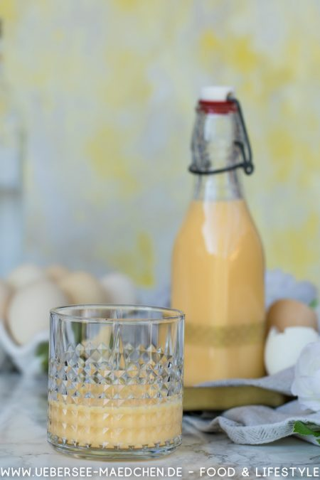 Eierlikör selbstgemacht mit Korn Rezept von ÜberSee-Mädchen Foodblog vom Bodensee Überlingen