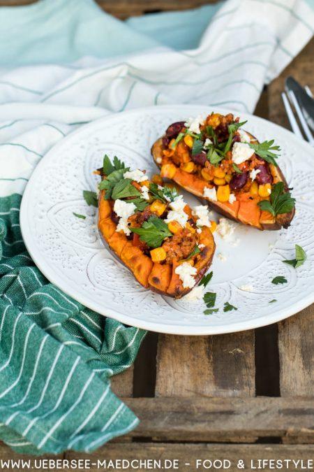 Süßkartoffel gefüllt mit Chili con carne Rezept von ÜberSee-Mädchen Foodblog vom Bodensee Überlingen
