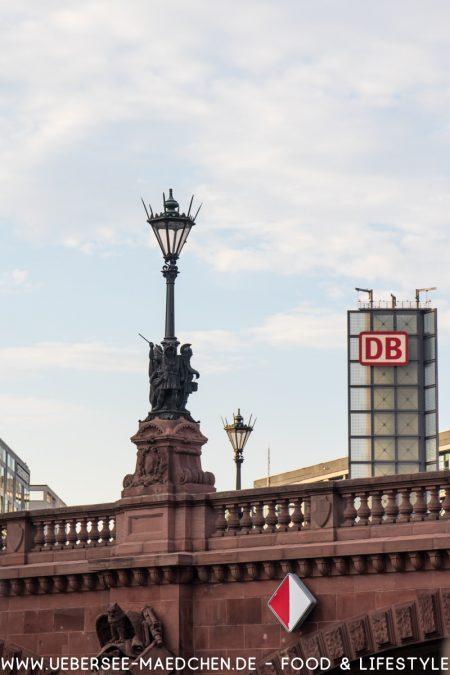 Ausblick auf Berlin Hauptbahnhof von ÜberSee-Mädchen Foodblog vom Bodensee