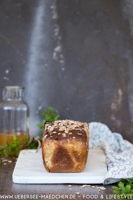Dinkelbrot selbstgemacht mit Kochstück Apfelsaft und weniger Hefe Rezept von ÜberSee-Mädchen Foodblog vom Bodensee Überlingen