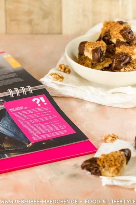 Nussecken nach Rezept der Deutschen Telekom mit Walnüssen Mürbeteig Aprikosenmarmelade von ÜberSee-Mädchen Foodblog vom Bodensee Überlingen
