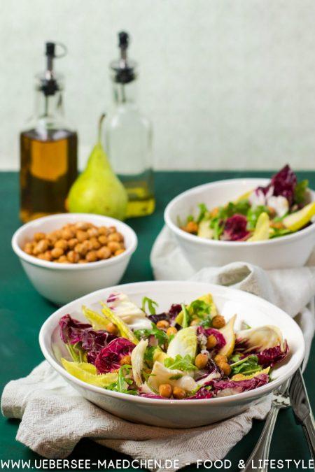 Bitterer Wintersalat mit Birnen von Heavenlynn Rezept von ÜberSee-Mädchen Foodblog vom Bodensee Überlingen