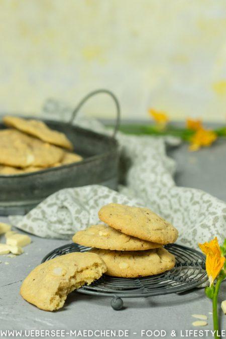 Cookies mit weißer Schokolade und Mandeln Rezept von ÜberseeMädchen