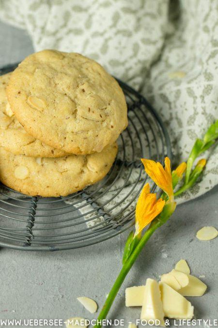 Cookies mit weißer Schokolade und Mandeln Rezept von ÜberseeMädchen Foodblog vom Bodensee Konstanz
