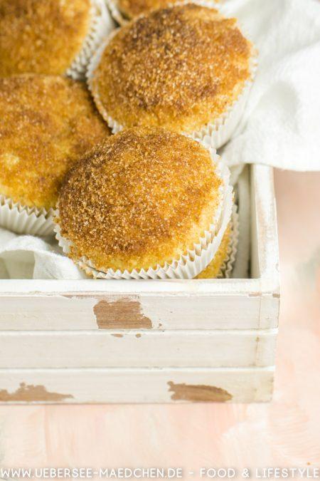Buttermilch-Muffins mit Apfelsaft und Zucker-Zimt-Knusper