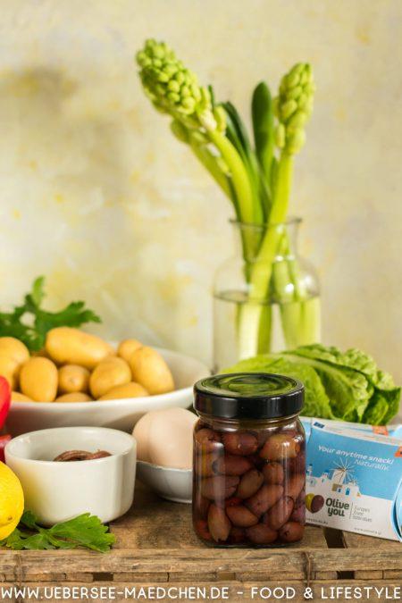 Oliven Olive you als Zutat für Kartoffelsalat nach Ottolenghi ÜberSee-Mädchen Foodblog Bodensee Konstanz