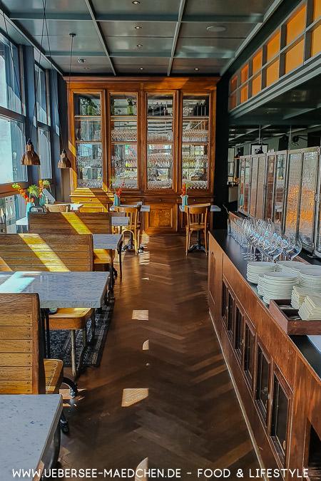 Essen in der Brasserie Colette Konstanz: Viel Holz und edle Speisen