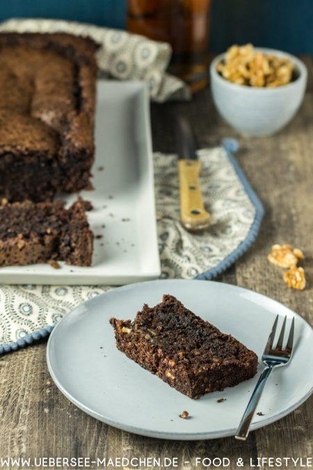 Walnuss-Schoko-Kuchen ohne Mehl und mit Whisky nach skandinavischem Rezept von ÜberSee-Mädchen Foodblog vom Bodensee Konstanz