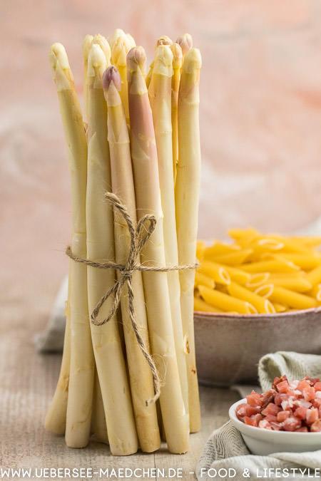 Spargel-Carbonara weißer Spargel Speck Pasta Rezept von ÜberSee-Mädchen Foodblog vom Bodensee