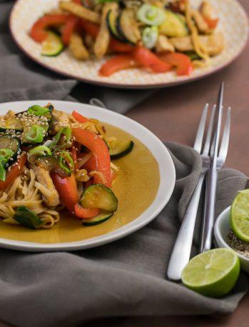 Teriyaki-Pfanne mit Gemüse und Schwein Feierabendküche Rezept von ÜberSee-Mädchen Foodblog vom Bodensee