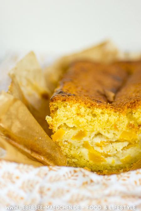 Rührkuchen mit Mango und Schmand einfaches Rezept von ÜberSee-Mädchen Foodblog vom Bodensee