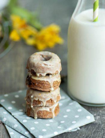 Mini-Donuts mit Lotus-Biscoff-Creme in Teig und obenauf Rezept von ÜberSee-Mädchen Foodblog vom Bodensee