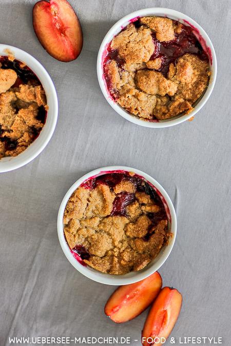 Pflaumencrumble im Förmchen Dessert Rezept von ÜberSee-Mädchen
