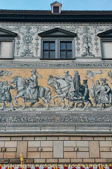 Der Fürstenzug in Dresden Tipps für Urlaub in Deutschland von ÜberSee-Mädchen
