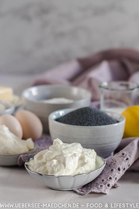 Zutaten für Mohn-Käsekuchen wie Mohn Quark Schmand Rezept von ÜberSee-Mädchen
