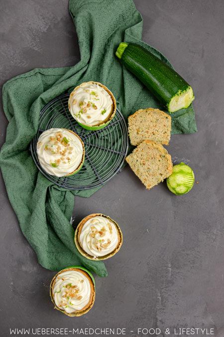 Zucchini-Muffins mit Limetten-Topping Rezept