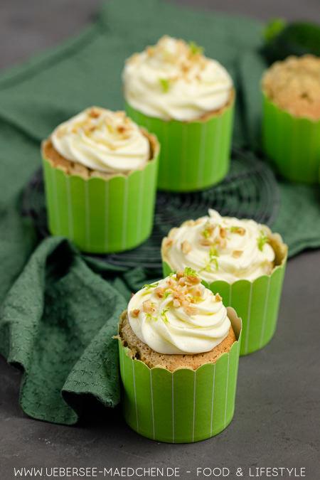 Zucchini-Cupcakes mit Limetten-Creme Rezept zum Backen mit Gemüse von ÜberSee-Mädchen Foodblog vom Bodensee