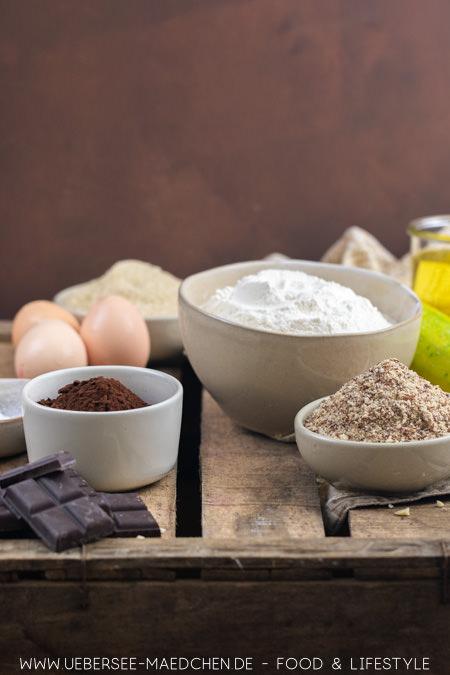 Zutaten für Zucchini-Kuchen mit Schoko Rezept von ÜberSee-Mädchen