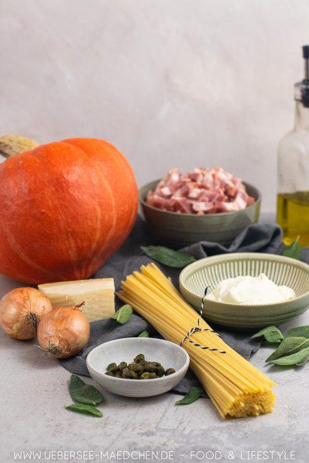 Pasta mit Hokkaido-Kürbis Salbei Speck Kapern Rezept von ÜberSee-Mädchen Foodblog vom Bodensee