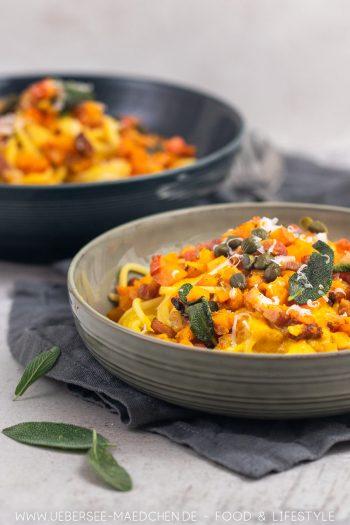 Pasta mit Kürbis Salbei Speck Kapern: Nudeln herbstlich mit Hokkaido - ein Rezept von ÜberSee-Mädchen Foodblog vom Bodensee Konstanz