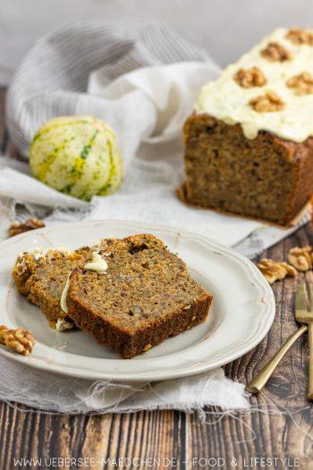 Kürbiskuchen wie Kürbisbrot mit Walnüssen weißer Schokolade Hokkaido Rezept von ÜberSee-Mädchen Foodblog vom Bodensee
